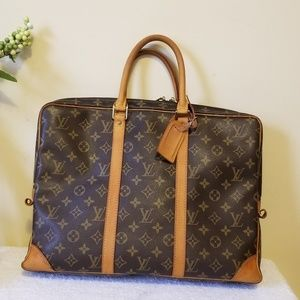 LV voyage porte document bag authentic
